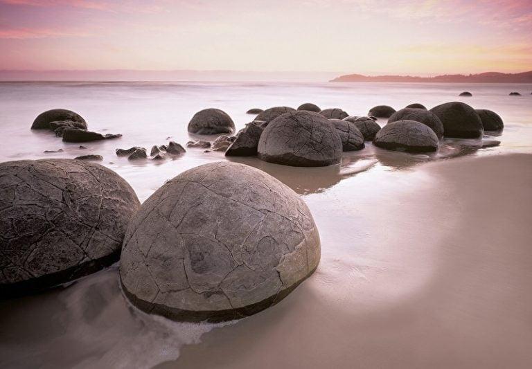 Foto behang Mouraki Boulders 00285