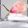 Fotobehang - Een eenzame magnolia bloem-1