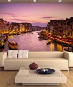 Fotobehang - Stad van de verliefden, Venice by night-1